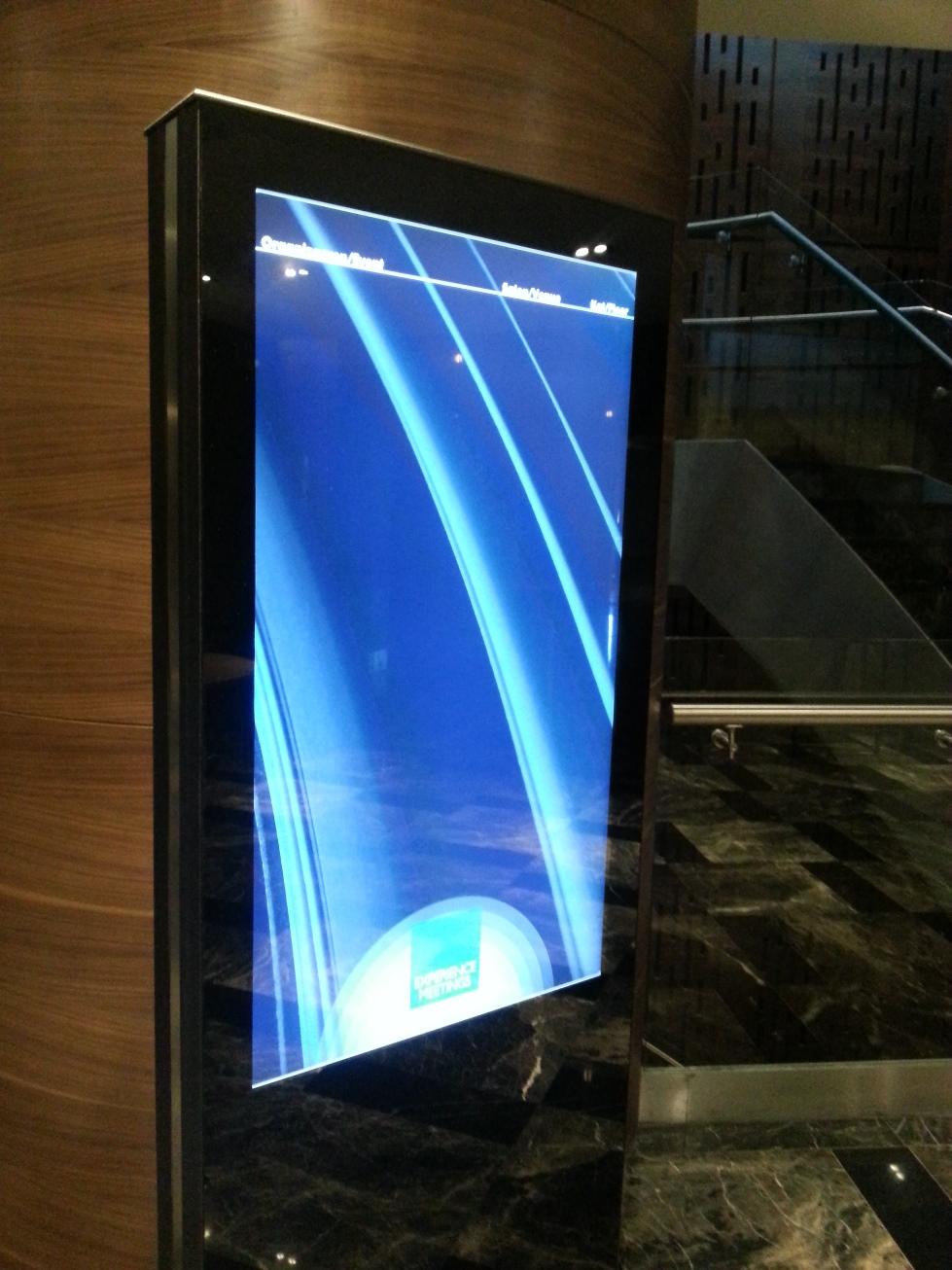 radisson-blu-tuzla-digital-signage