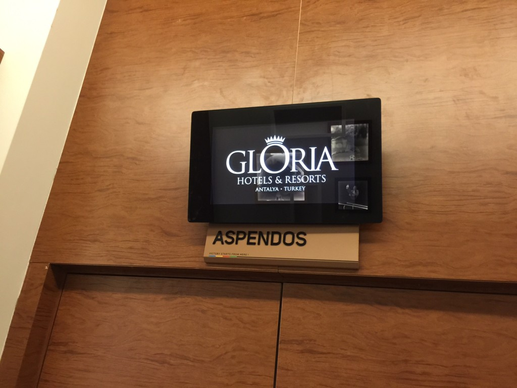 gloria-sports-arena-ekran-videowall-digital-signage (1)
