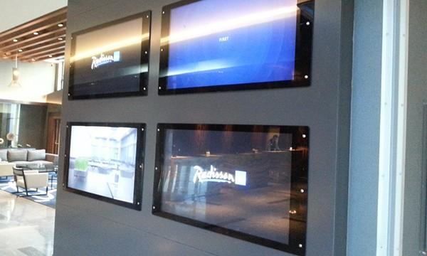 Radisson Blu Hotel Tuzla Digital Signage