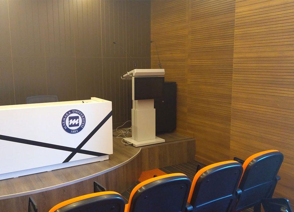 Marmara Üniversitesi Dijital Bilgi Ekranları ve Konferans Çözümlerinde Temas Teknoloji Çözümlerinden Faydalandı