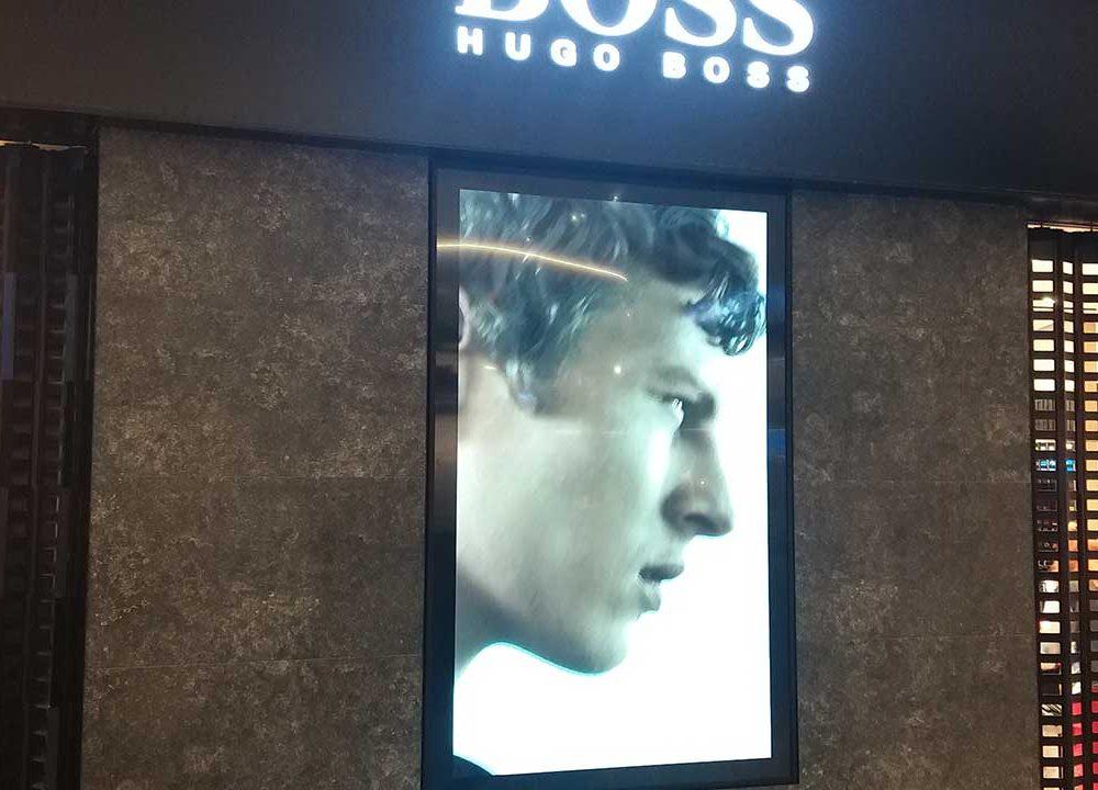 98 inc Hugo Boss Dokunmatik Ekran
